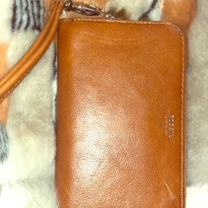 Brand new small fossil wristlet